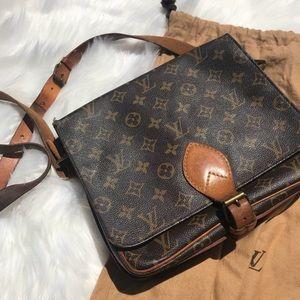 Louis Vuitton Crossbody Vintage